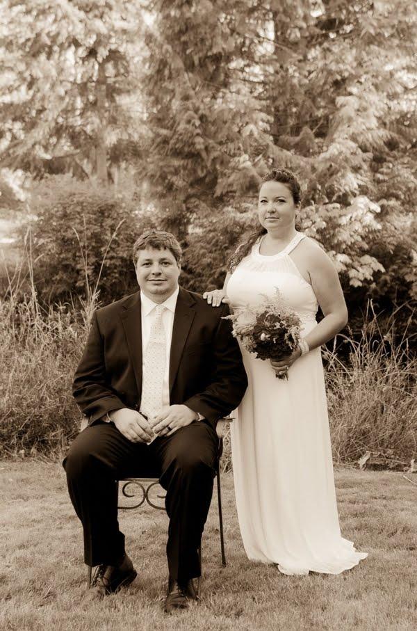 Real DIY Wedding On The Lake: Kate & Jeff | Things Festive ...