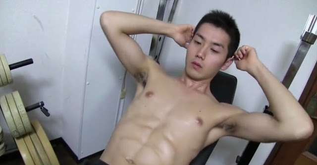 Japanese Handsome Muscle Boy On Cam 02
