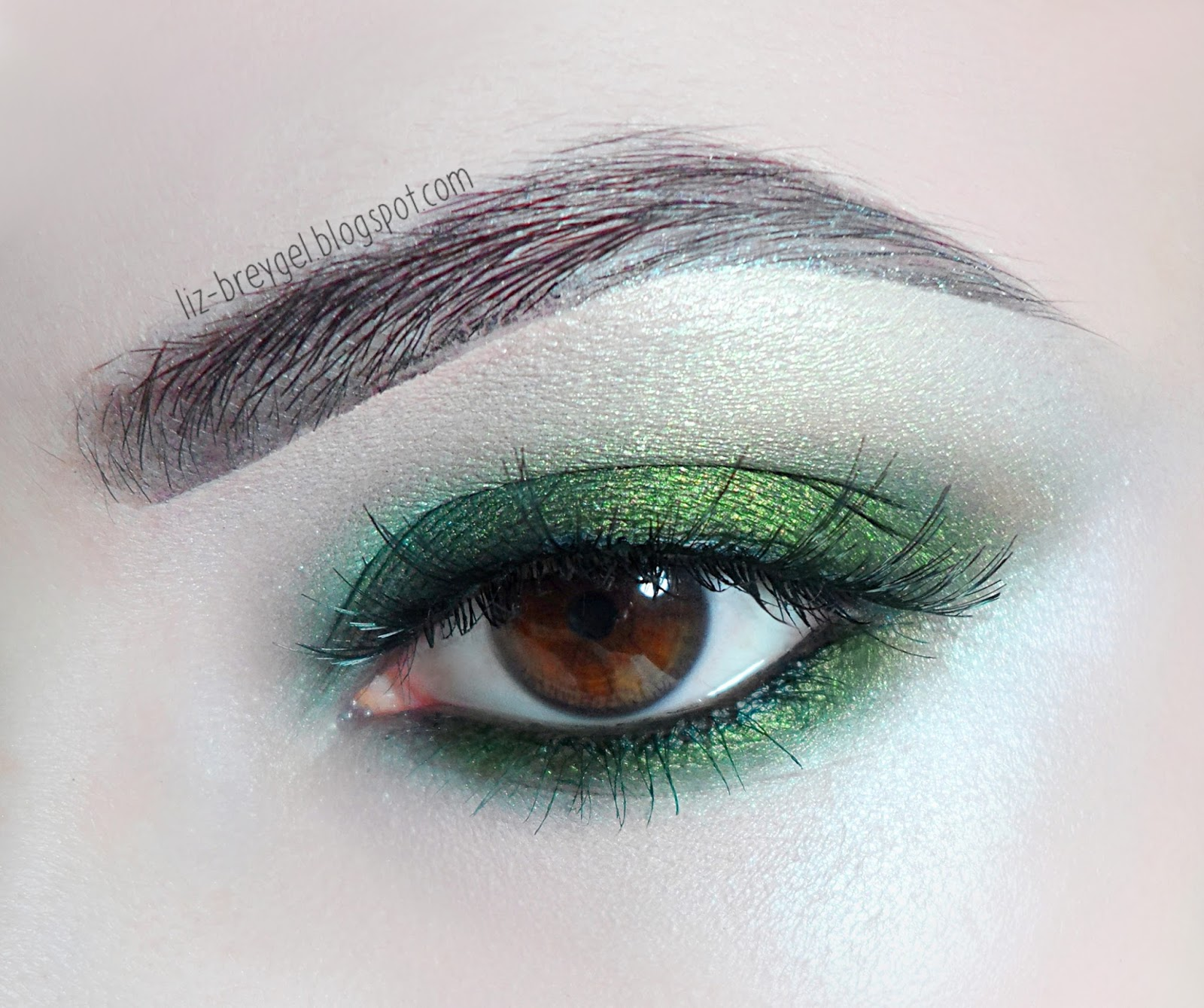 green smokey smoky eye makeup tutorial for brown amber green eyes liz breygel
