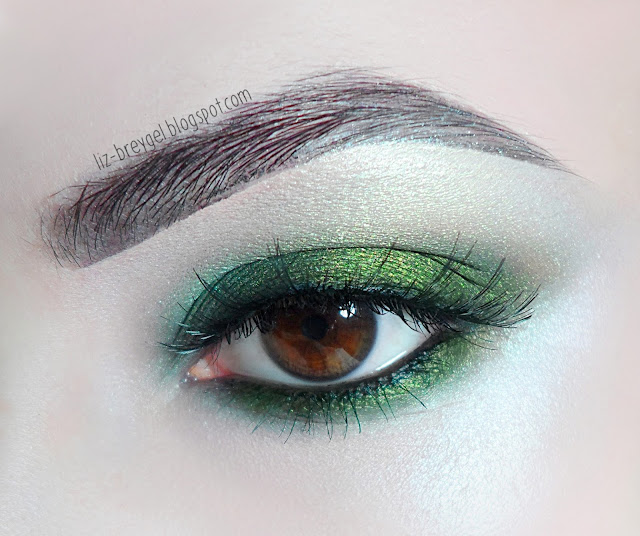 green smokey smoky eye makeup tutorial for brown amber green eyes liz breygel