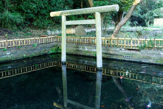 大洗磯前神社(茨城)・神池
