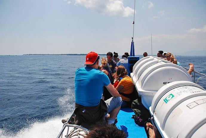 Navegando en lancha