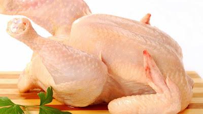 Курица - 1 шт.; Корень петрушки - 1 шт.; Корень сельдерея - 1/3 шт.; Зелень - 1 пучок;