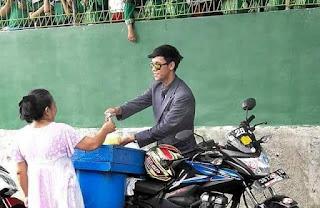 Viral Tukang TAHU Berpenampilan KEREN Di Sosmed, Anak SD Pada Minta Tanda Tangan