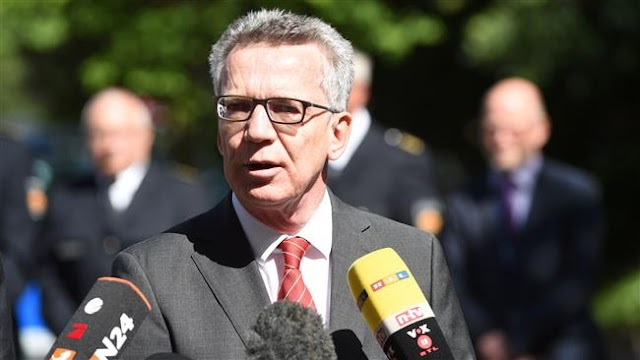 German Interior Minister Thomas de Maiziere to propose full face hijab ban in public