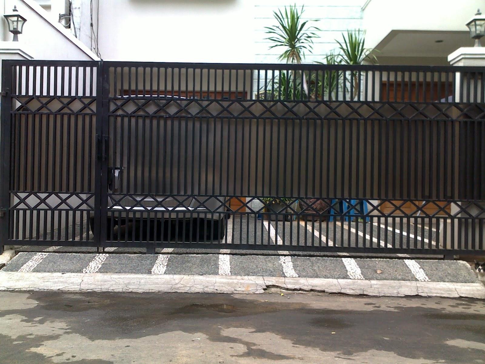 pagar rumah dari besi sederhana