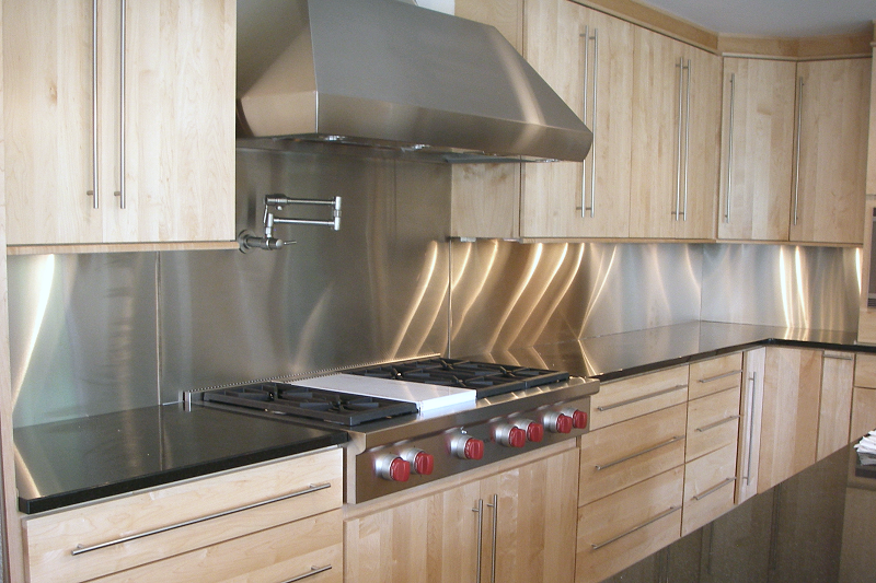 Stainless Steel Backsplash with Modern Style With Tiles ...