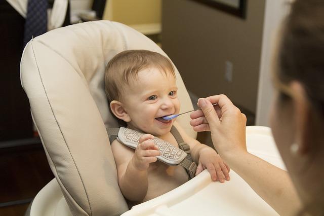 Cara Mengatasi Bayi yang Susah Makan