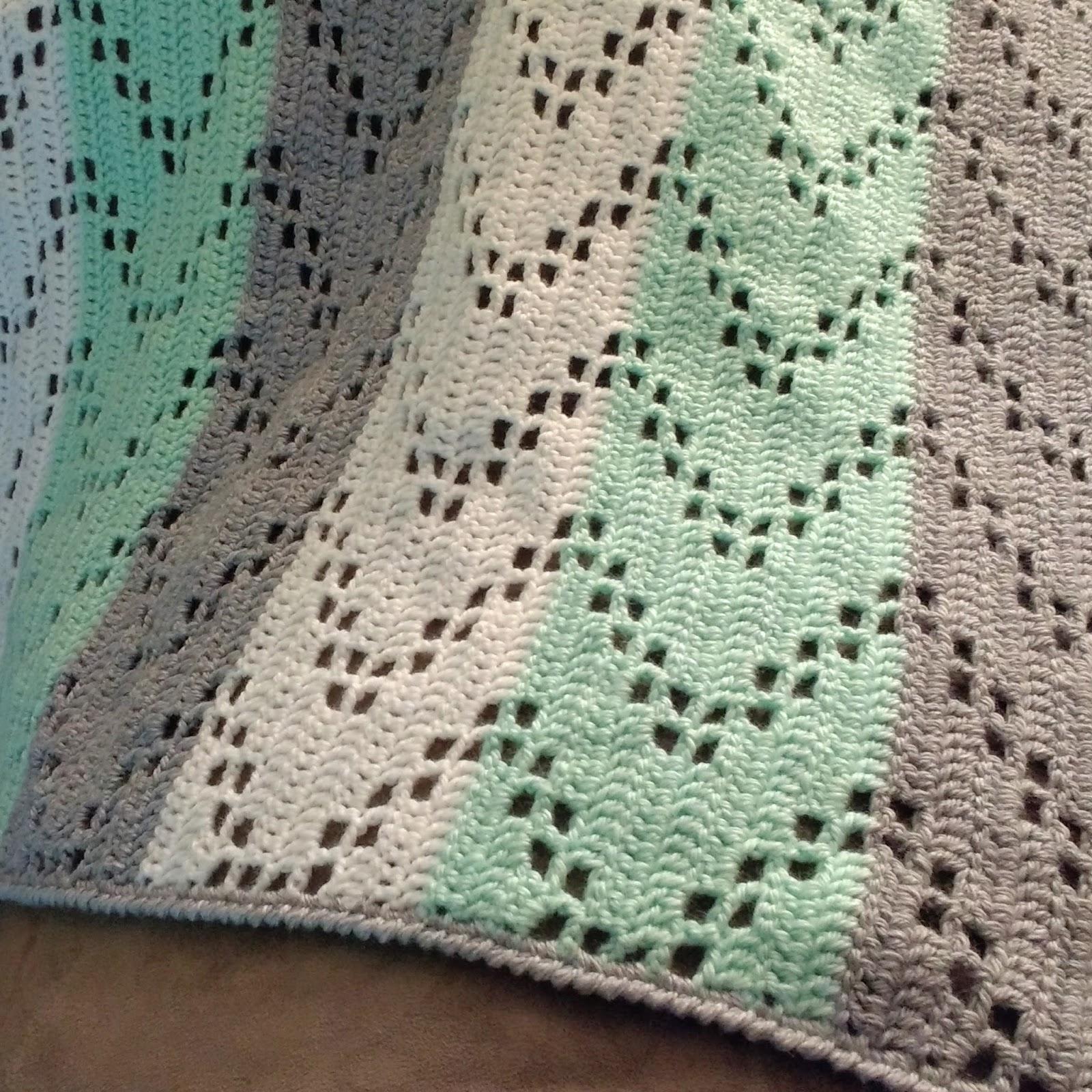 Austere Twist Zig Zag Crochet Baby Blanket