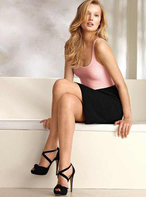 Hot Blonde Pencil Skirt, Legs, Feet, Shoes, Boobs