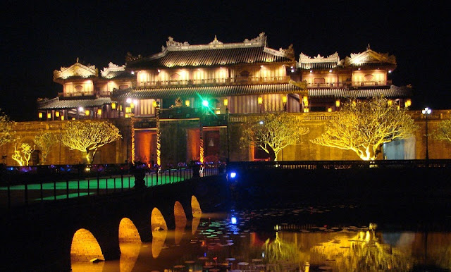 Hue Royal Citadel sparkling by night 4