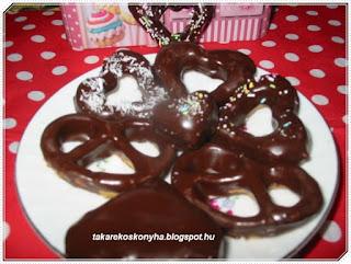 Csokis szív és perec