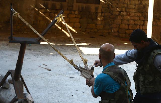Armas caseras de los rebeldes sirios