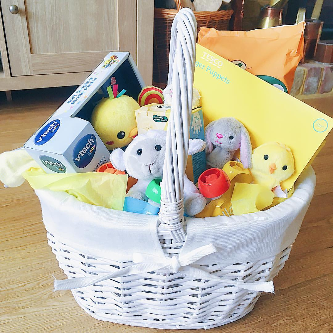 Ramblings of a jaffa cat sunday snippets 16th april 2017 i put together an easter basket for my friend sarahs baby charlie on monday morning and also wrapped up sarahs easter gifts negle Image collections