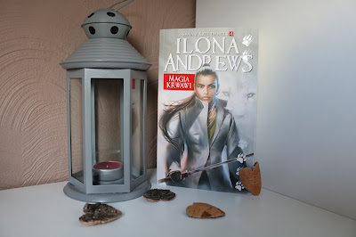 Ilona Andrews - Magia Krwawi