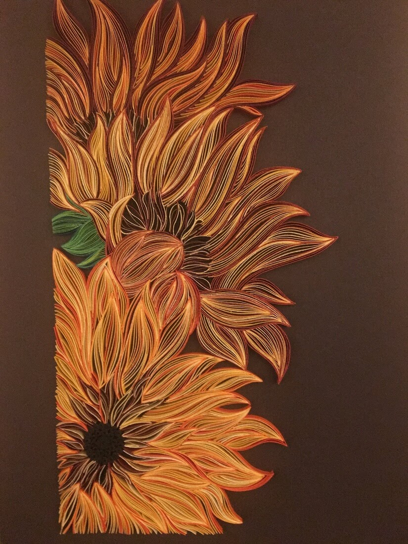 11-Bouquet-of-Sunflowers-Tatiana-People-and-Animal-Portraits-plus-Flower-Quilling-www-designstack-co
