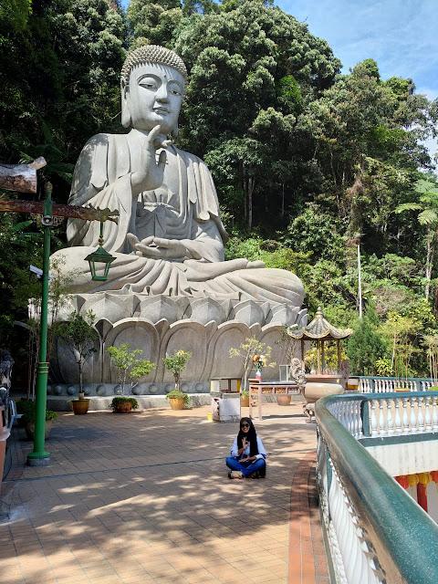 patung budha di chin swee temple