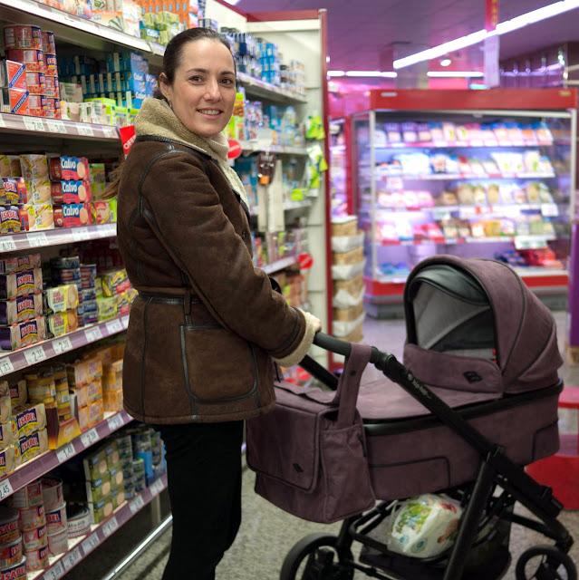 En el supermercado con mi carrito Bébécar