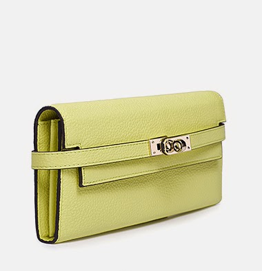 http://www.lovelyshoes.net/Ladies-leather-wallets-solid-color-lock-design-luxury-generous-bags-BS-070134-03-g106504.html