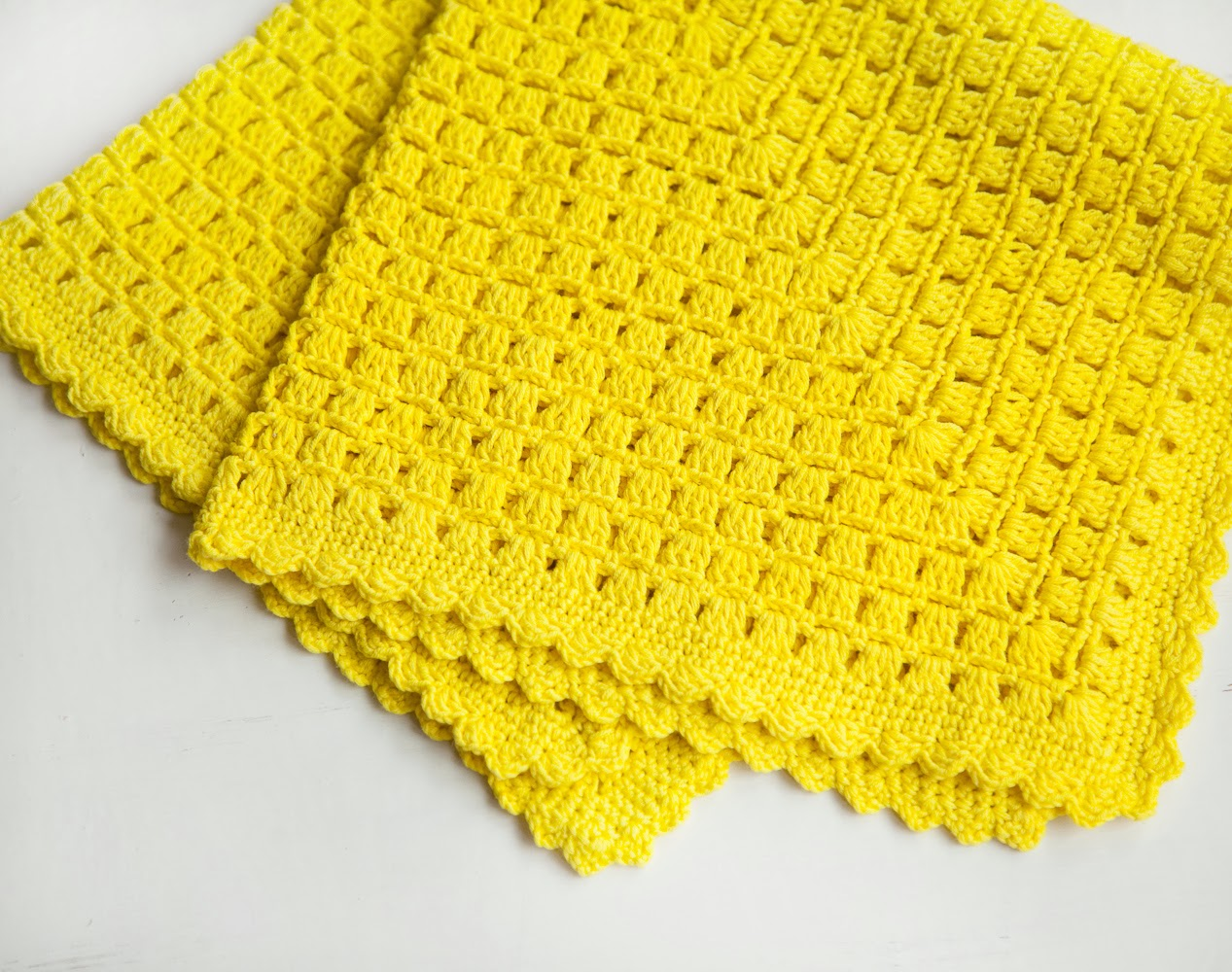 Crochet Baby Blanket Pattern-Newborn Blanket for Beginners
