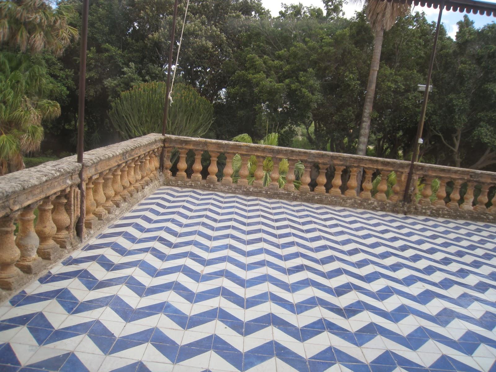 Foundation Dezin & Decor...: Terrace Tiles & Design.
