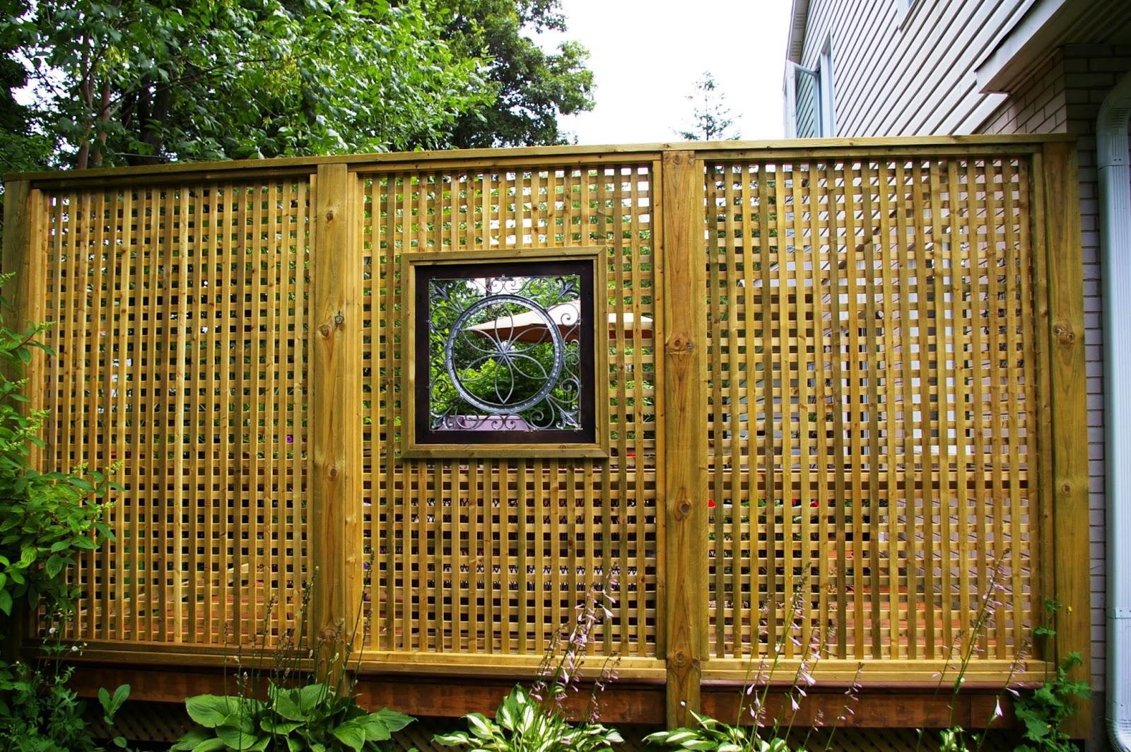 Gambar Model Pagar Anyaman Bambu