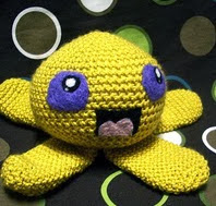 http://www.ravelry.com/patterns/library/quadrapus