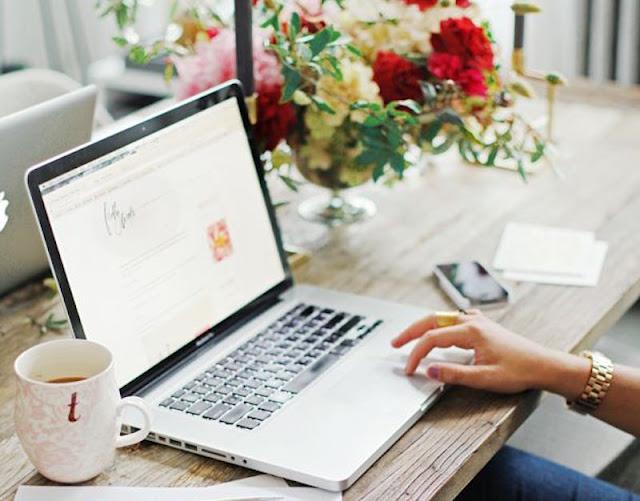 o que uma blogueira faz profissão blogueira