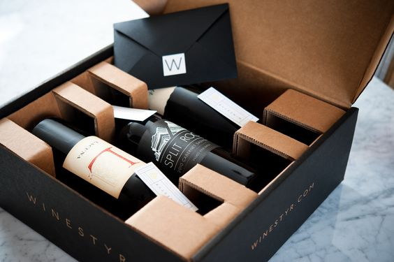 No dejes que tus mejores vinos estén en cualquier sitio, usa una caja de excelente calidad para cuidar de ellos.