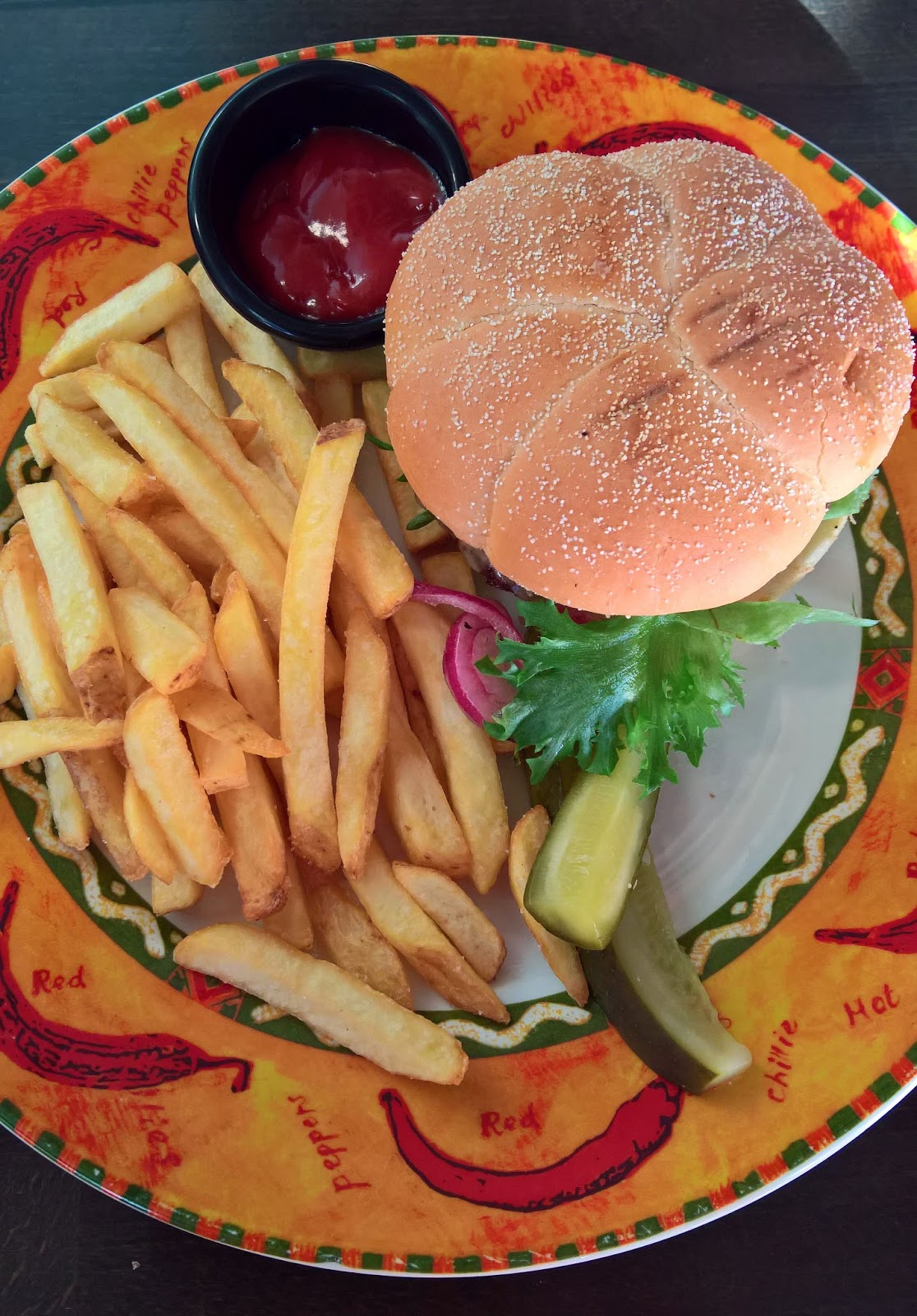 Amarillo burger hampurilaistesti Jyväskylän paras hampurilainen mallaspulla