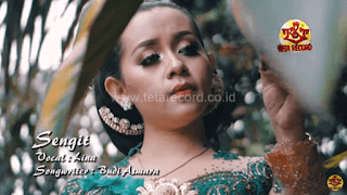 Lirik Lagu Sengit - Lina (Budi Asmara)