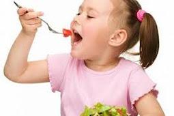 Awasi Pola Makan Anak Untuk Perkembangannya.