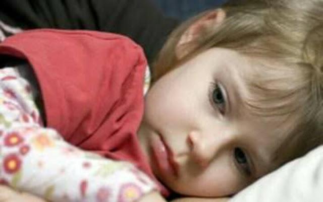 الأعراض الأكثر ظهورا للإصابة ببرد المعدة وطرق علاجها .