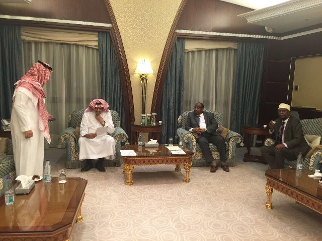 Puntland president returns after Saudi Arabia  trip, And signed investment agreements for Garacad, Laasqoray and Baargaal