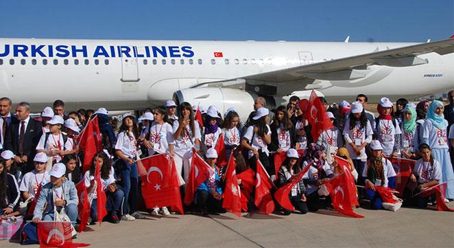 Diyarbakır'dan 182 öğrenci Çanakkale'ye gönderildi