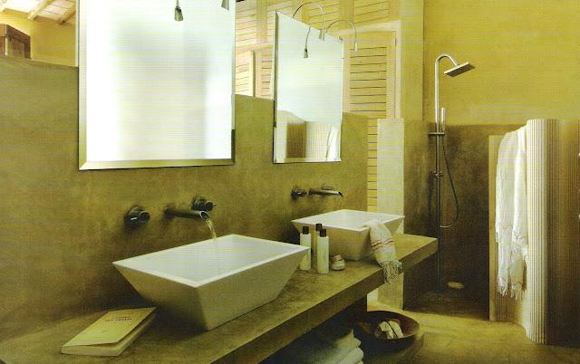 Bath vanity room divider, Côté Sud Aout-Sept 2006, edited by lb for linenandlavender.net