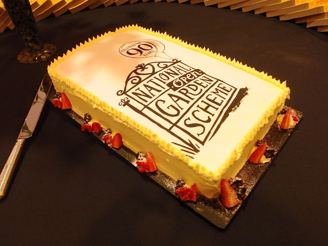 NGS 90th birthday cake