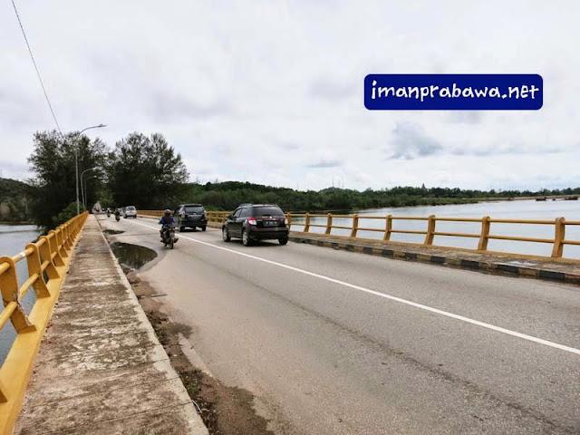 Jembatan Di Waduk Sei Ladi