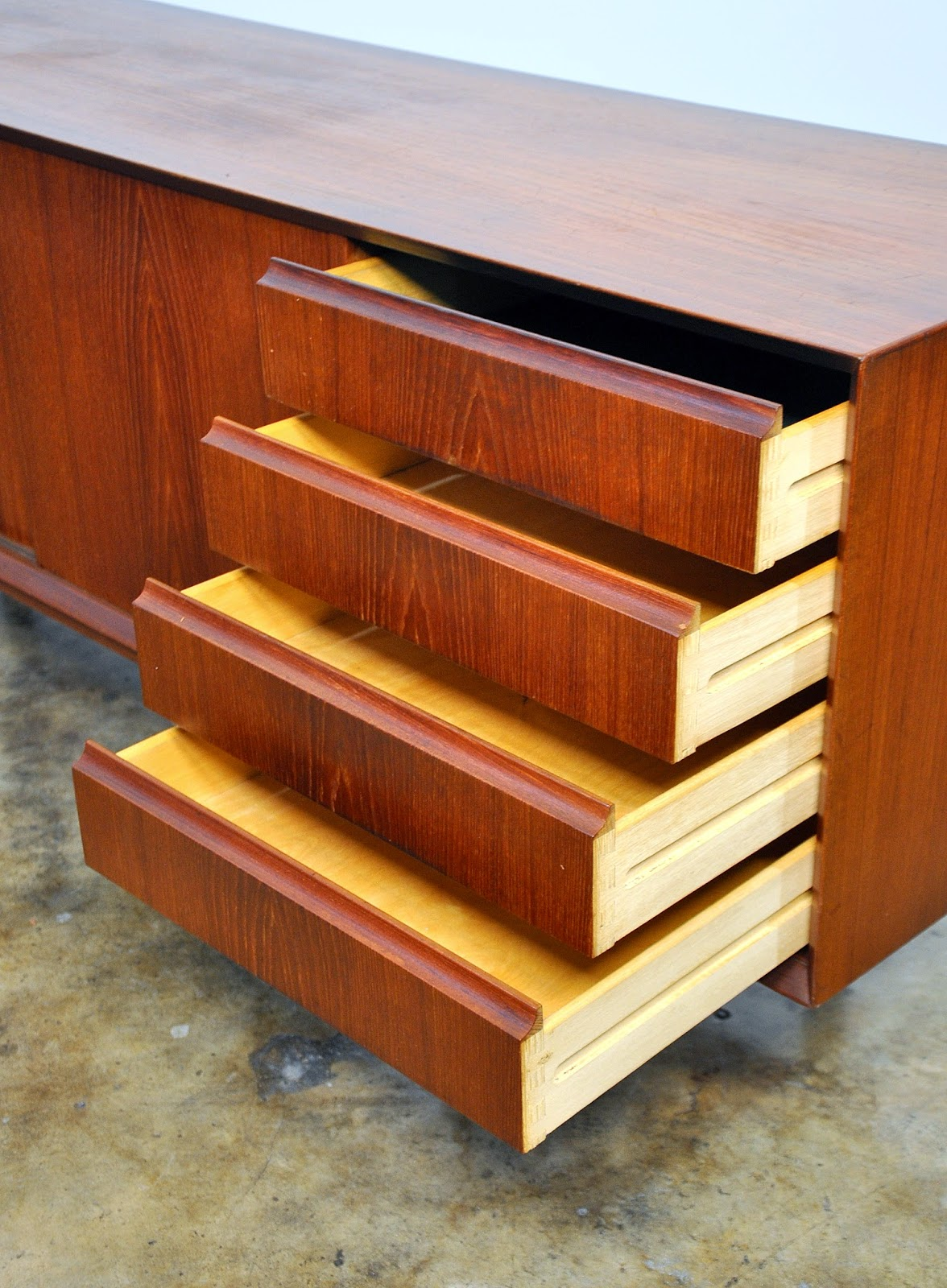 Select Modern Danish Modern Teak Credenza Buffet Sideboard Or Bar