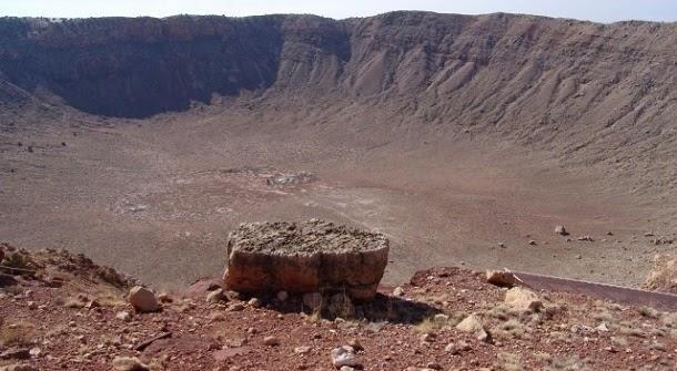 Mineral raro encontrado em cratera de impacto de meteorito