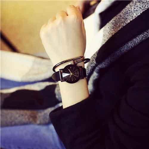 Đồng hồ Thạch anh dây da giá sỉ và rẻ nhất