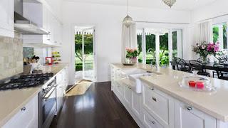 tieni la cucina pulita immagine