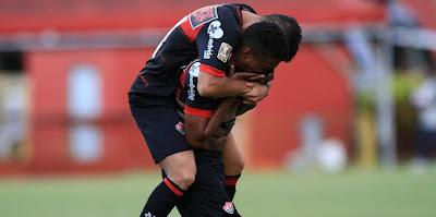 Vitória bate o Vila Nova e volta a vencer após três meses