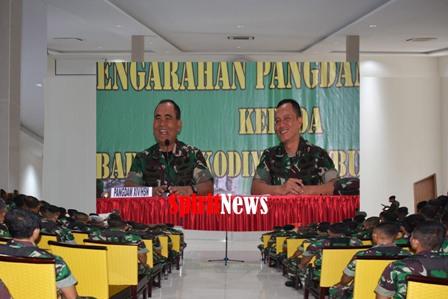 Mayjen TNI Surawahadi Arahan Didepan Seluruh Babinsa Jajaran Korem 141/Tp