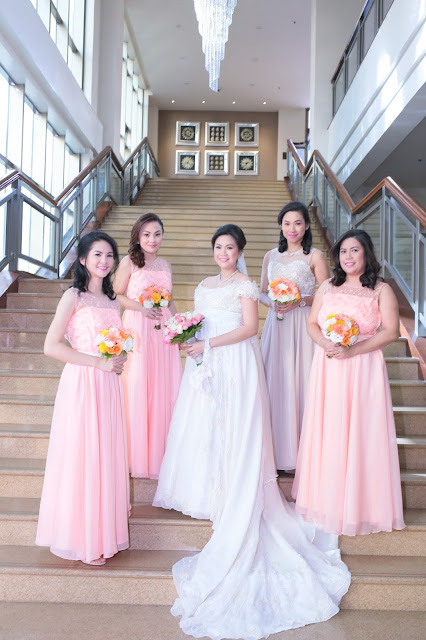 affordable wedding package cebu - entourage gown rental