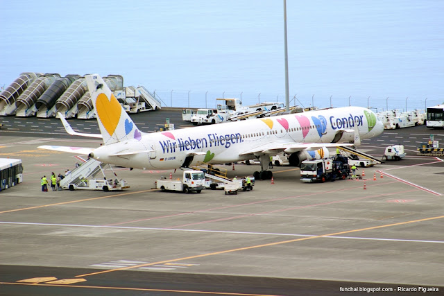 CONDOR - BOEING 757 - D-ABON - WIR LIEBEN FLIEGEN