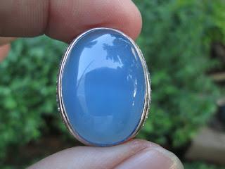 Cerita Tentang Batu Biru Langit