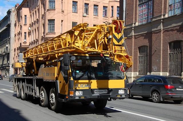 Mini Crane Hire Melbourne