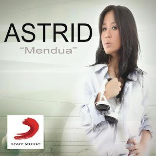Lirik : Astrid - Mendua