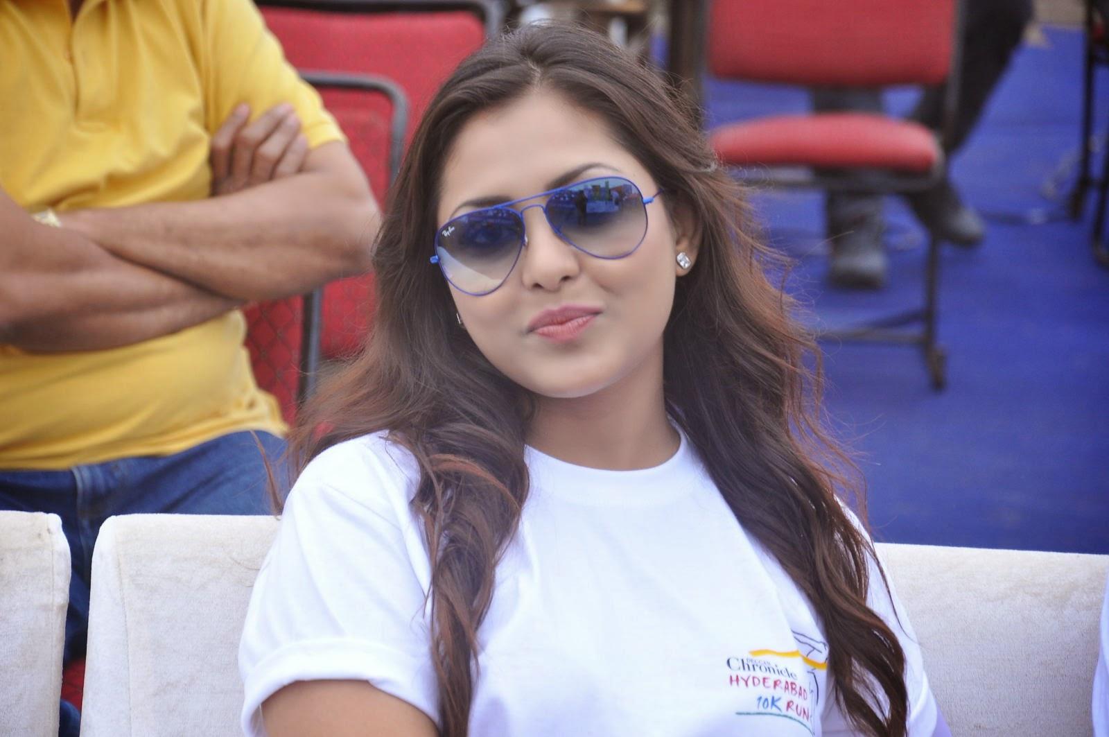 Madhu Shalini Latest Pictures White T Shirt